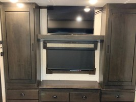 2020 REDWOOD 3951MB FOR SALE IN Spring Branch, TX 78070 image 12