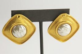 80s VINTAGE ETRUSCAN MATTE GOLD PLATE HIGH END PIERCED EARRINGS SIGNED JKA - $15.00