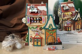 Dept 56 North Pole Lighted 1999 JACK IN THE BOX PLANT NO 2 - 56705 Retir... - $39.95