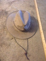 The Walking Company  Leather  Hat -   Mens Large 6.5 diameter - $18.81