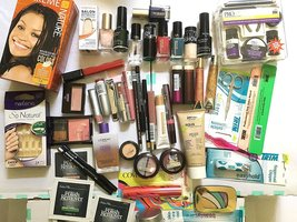 50 Piece Wholesale Makeup Assorted Lot ~ L'oreal Maybelline Covergirl Sa... - $129.95