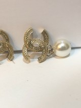 [SALE] AUTH CHANEL GOLD 2 TONE BLACK LARGE CRYSTAL CC PEARL DROP EARRINGS  image 10