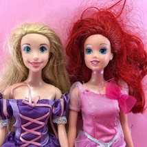 Barbie LOT OF 2 DISNEY PRINCESS BARBIE DOLLS Rapunzel & Ariel, Dresses DL98 - $5.50