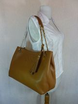 NWT Tory Burch Bark Brown Pebbled Leather Thea Chain Slouchy Tote $495 image 4