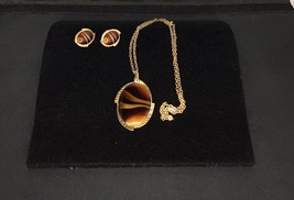 Sarah Coventry Simulated Brown Agate Pendent Necklace Gold Tone Earrings... - $24.74