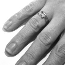 18K WHITE GOLD MAGICWIRE RING, MULTI WIRES ELASTIC WORKED, contrarié, DIAMOND image 3