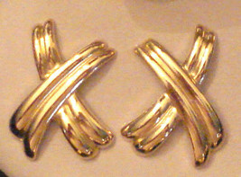 Avon Bold Stroke Pierced Earrings XX Kiss Hypo Allergenic 1989 VTG NEW i... - $19.75