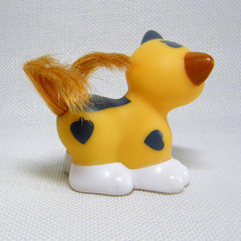 Fisher Price Little People SHEEPDOG & YELLOW CAT Pets from Sonya Lee Pet Salon
