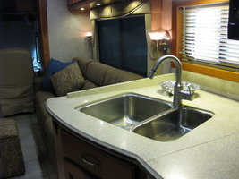 2005 Country Coach Allure 470 Siskiyou Summit For Sale In Fort Worth, TX 76179 image 8