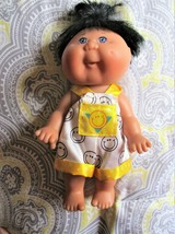 Mattel First Edition Cabbage Patch Kids 7 inch Doll Smiley Face Outfit 1995 - $9.85