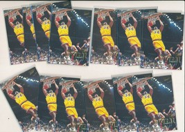 1997-98 Fleer  #100 Shaquille O'Neal Lakers Lot of  20 - $2.99
