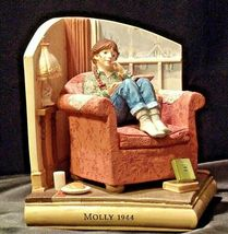 Molly 1944 American Girls Collection Figurine AA-191970 Collectible image 5