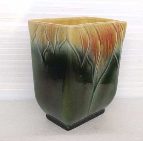 Hull Usa Pottery 6 Leaf Pattern Planter Or And 50 Similar Items