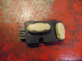 09 08 07 06 05 04 Cadillac SRX oem passenger side right front power seat switch - $24.74