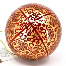 Asha Handicrafts Painted Papier-Mâché Red Gold Chinar Leaves Christmas Ornament image 4