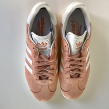 Adidas Gazelle Leather Upper Fashion Sneakers Womens Size 10.NWOB - $41.00