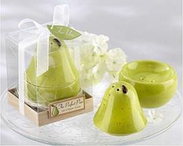 """The Perfect Pair"" Ceramic Salt and Pepper Shaker Wedding Favors, Set of 5 - €18,29 EUR"