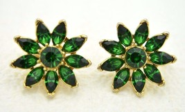 VTG CROWN TRIFARI Gold Tone Green Rhinestone Flower Clip Earrings - $74.25