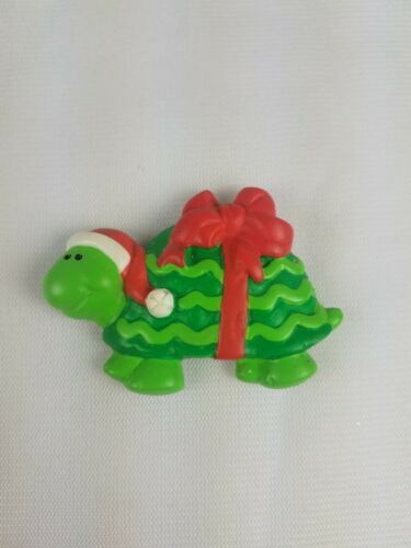 Hallmark Christmas Refrigerator Magnet Green Turtle with Red Bow