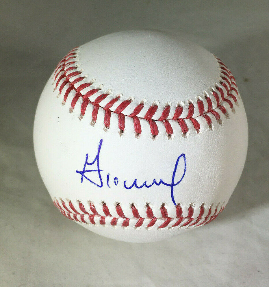 JOSE ALTUVE / HOUSTON ASTROS / AUTOGRAPHED OML BASEBALL IN CUBE / PLAYER HOLO