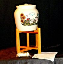 Cream colored Barnyard Stoneware Water Jug on wooden stand AA19-1583 Vintage image 4