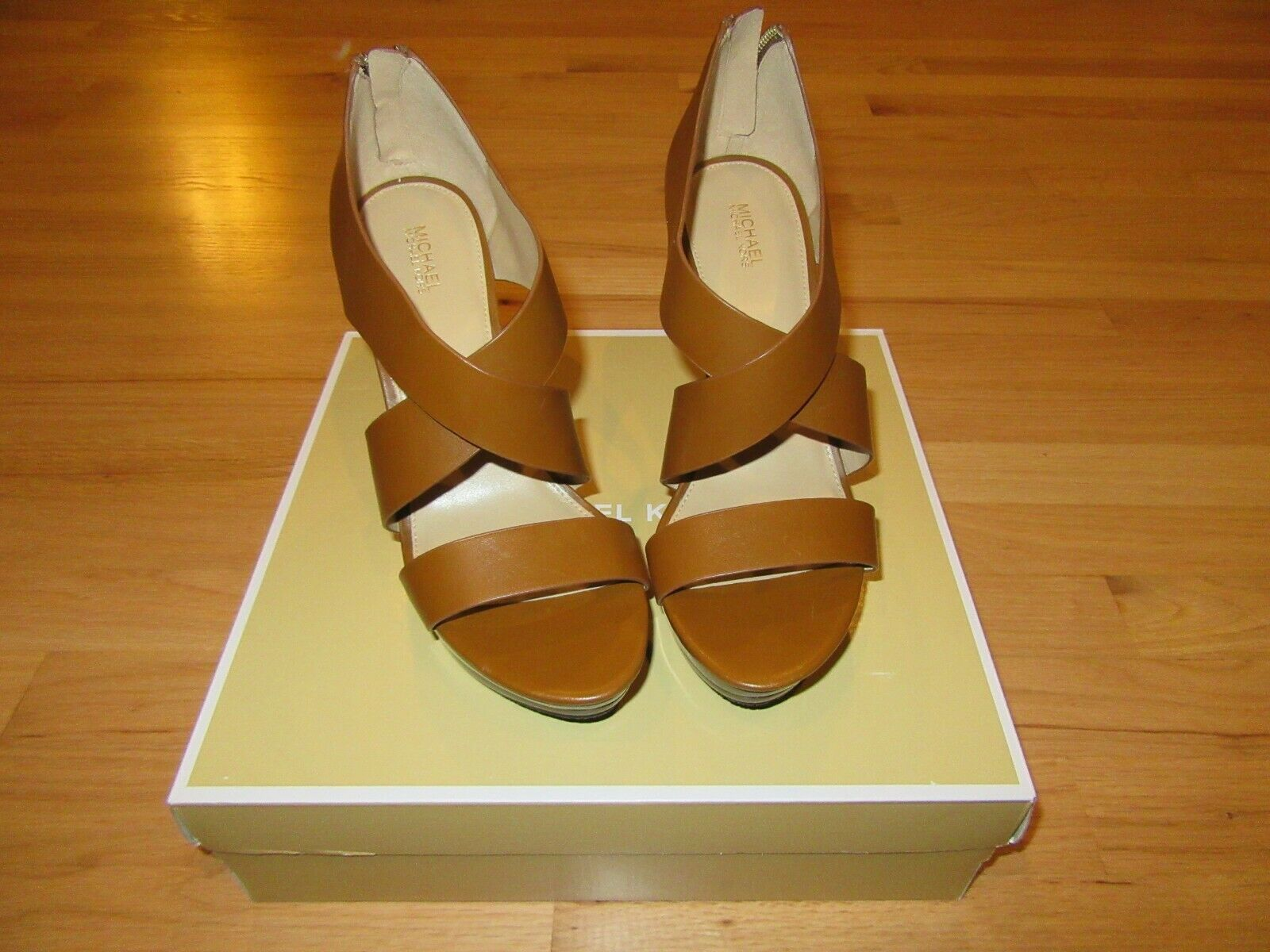 Primary image for 11P/NWT MICHAEL KORS ELENA PLATFORM HEELS/SHOES/BROWN/LEATHER/SIZE 9M/BOX!