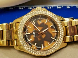 Sexy FOSSIL Watch Double Crystal Around Face Animal Print Gold Tone Unisex - $52.20