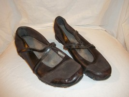 Ladies Size 10 M Skechers Leather Flat Brown Shoes Mary Jane Flats - £11.33 GBP