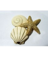 BEIGE ENAMEL AND GOLD TONE BEACH SHELLS STARFISH TRIFARI TM SIGNED PIN - $22.00