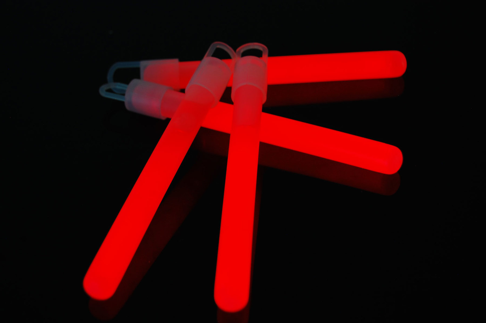 4 inch Premium Red Glow Sticks with Lanyards- 25 Count  image 2