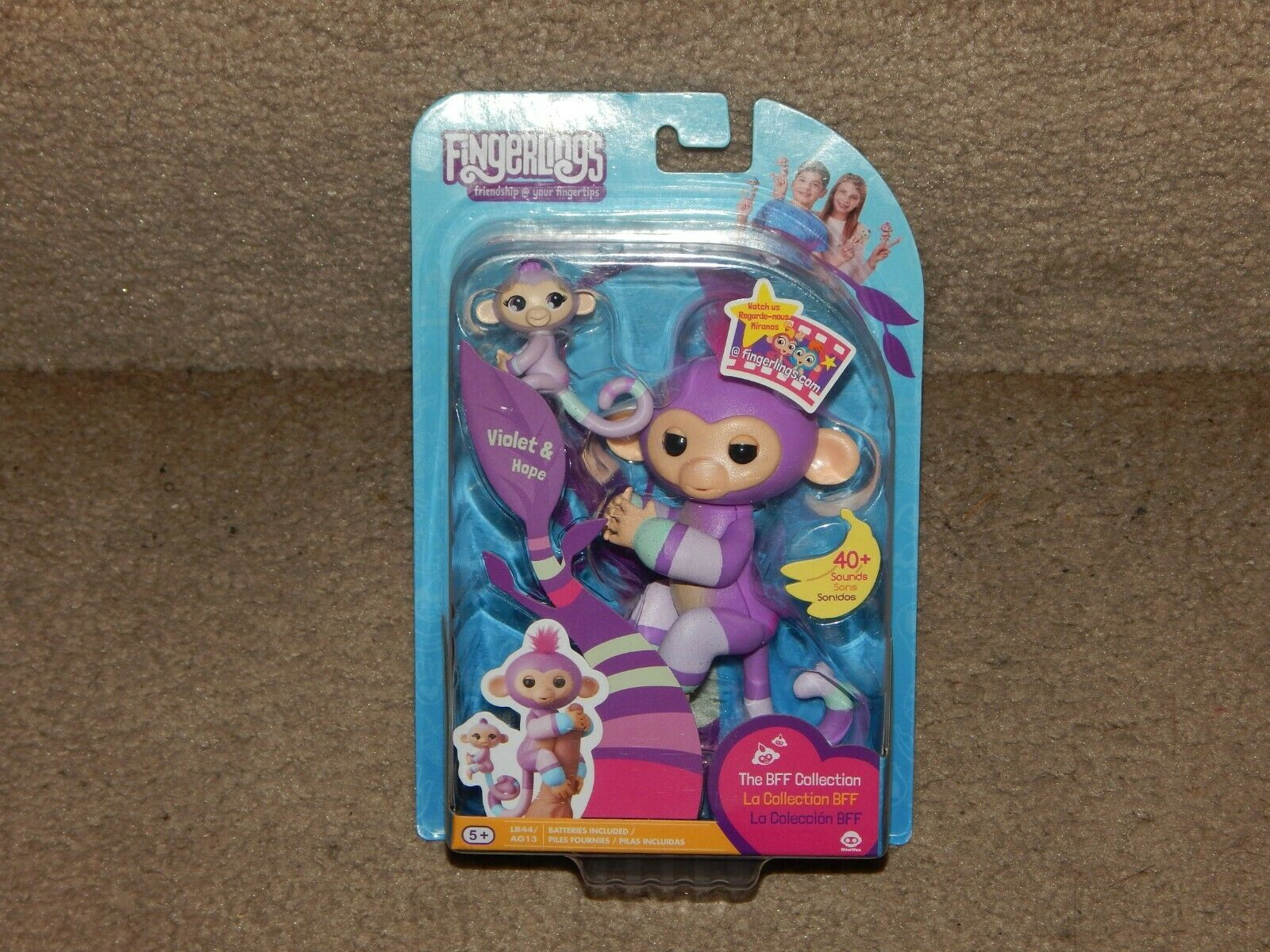 New! Fingerlings BFF Collection Violet & Hope + LR44 Batteries Free Shipping 5+