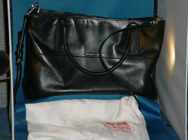 COACH NEW YORK  Leather Black Purse / Handbag with white cloth bag packa... - $107.90