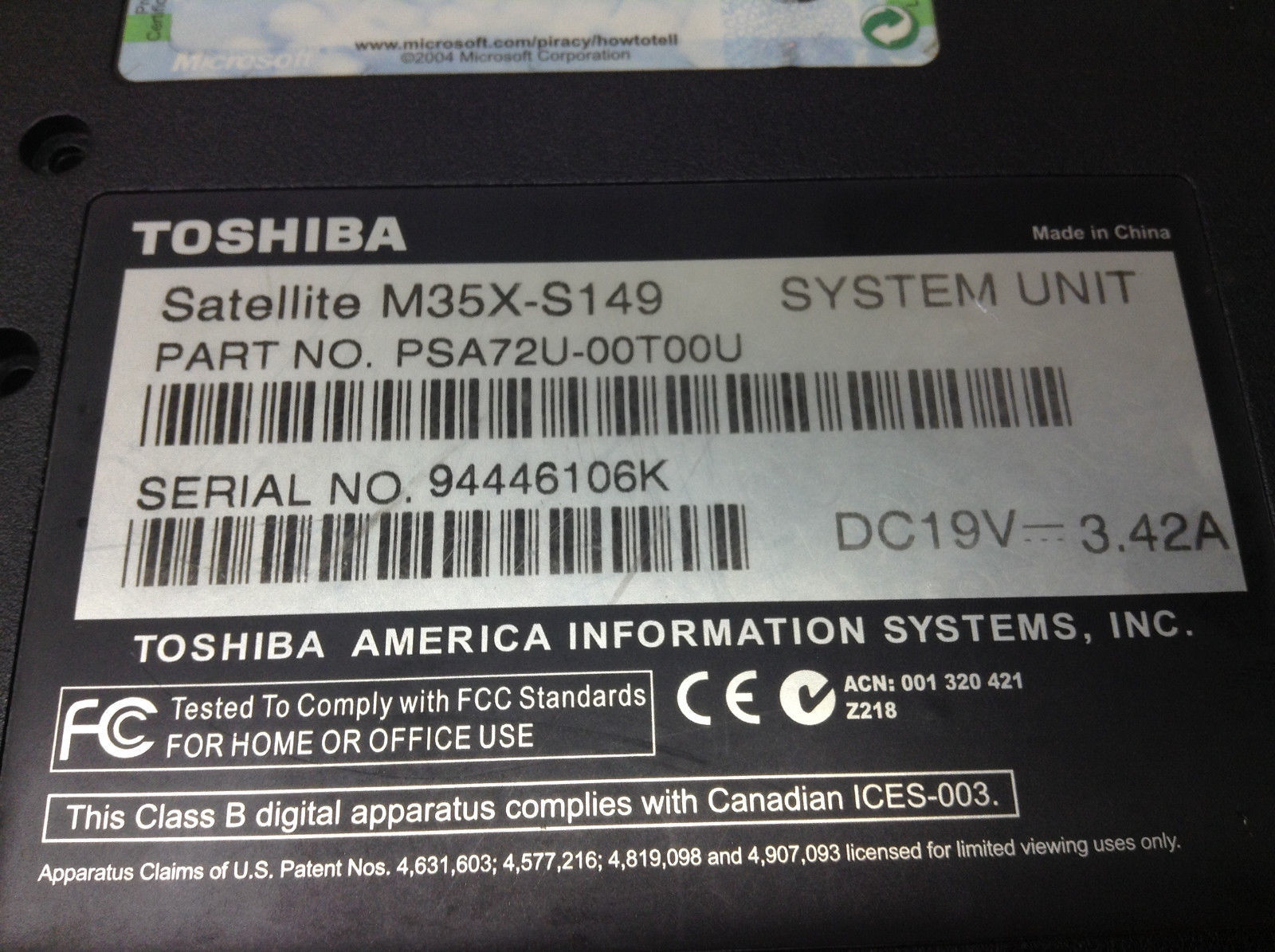 Toshiba Satellite M35X-S149 Bottom Case K000019260 With HDD Tray + RAM Cover Spk