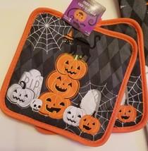 HALLOWEEN POT HOLDERS Potholders Set of 2 Orange Pumpkin Jackolantern Spider Web