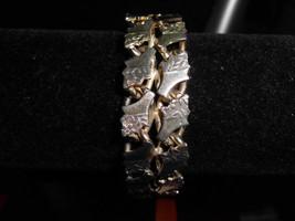 Vintage Gold Tone Engraved Flower Design Bracelet - $29.70