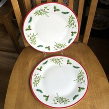 Royal Norfolk Christmas Holly Berry White Stoneware Dinner Plates Set Of 2 NWT - $17.82