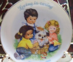 """1989 Avon Mother's Day Plate """"Loving Is Caring"""" - $3.75"""