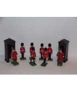 W. BRITIAN-SOLDIERS-10 pieces- Sentry box,beefeater,scots & marching guards - $58.20