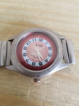VINTAGE OLD NAVY QUARTZ WATCH WITH BROKEN STRETCH BAND.UNTESTED.SOLD AS IS. - $18.69