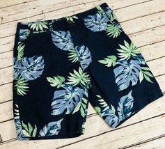 American Eagle Men's Floral Shorts - Size 32 image 1