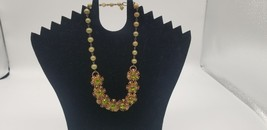 Vintage Green Chain Link Beaded Necklace With Gold Tone Emerald Floral P... - $19.32