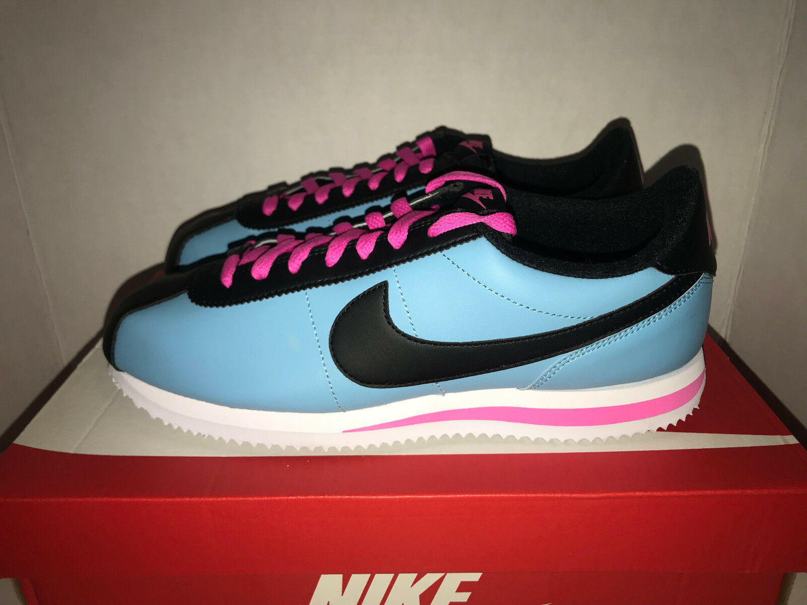 size 40 e76a7 88ee5 Nike Cortez Basic Leather QS Men s Size 9.5 and 50 similar items