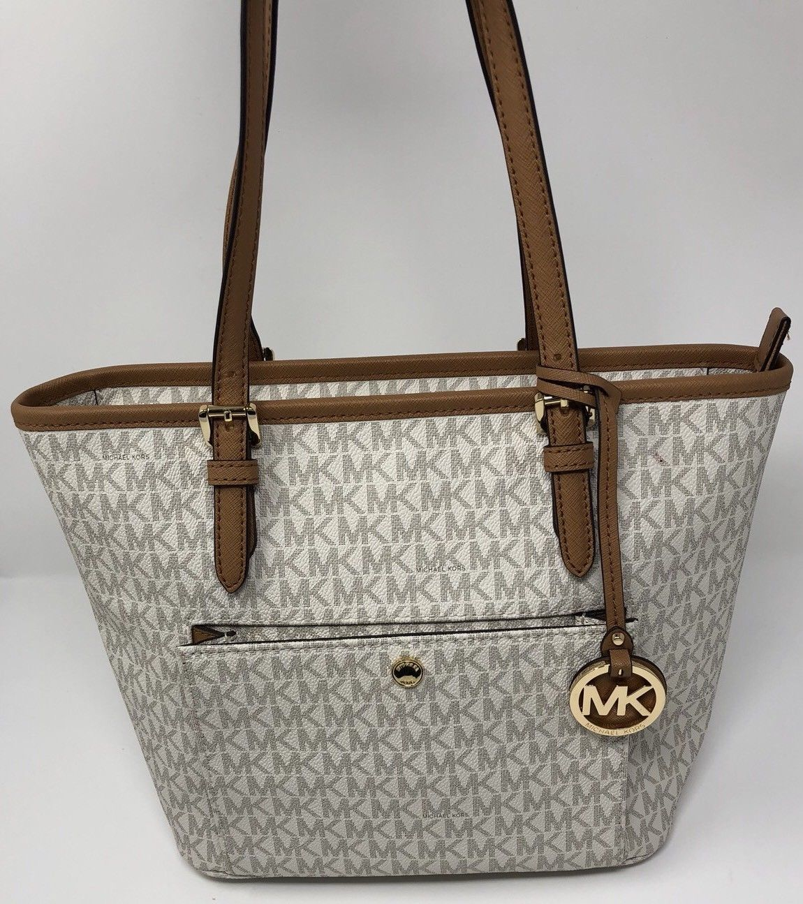 33614e27875ecf ... SET LARGE SIGNATURE WEEKENDER DUFFLE BAG ... This item is currently out  of stock New Michael Kors Vanilla Gold Signature Jet and 50 similar items.