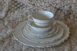 Royal Doulton RICHELIEU Gold Trim Elegant 6 Piece Place Setting Set 10 Available - $40.50
