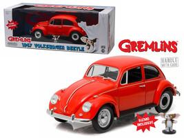 1967 Volkswagen Beetle Gremlins Movie (1984) with Gizmo Figure 1/18 Diec... - $84.13