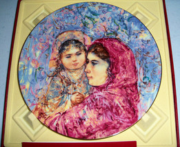 Edna Hibel Royal Doulton Lucia & Child Collectors Plate - $34.99