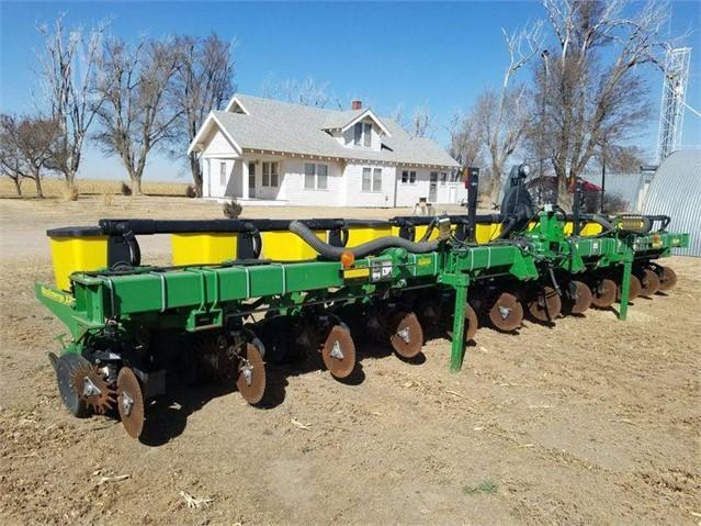 2009 John Deere 1710 For Sale in Copeland, Kansas 67837