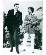 Photo ~ JOHNNY CASH  with Don Ho ~ Black and White ~ 8 x 9 ~ Glossy ~ Ci... - $3.12