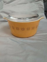 Vintage Pyrex Gold Star 1 Quart 473 with lid made in USA in Excellent Condition - $19.57