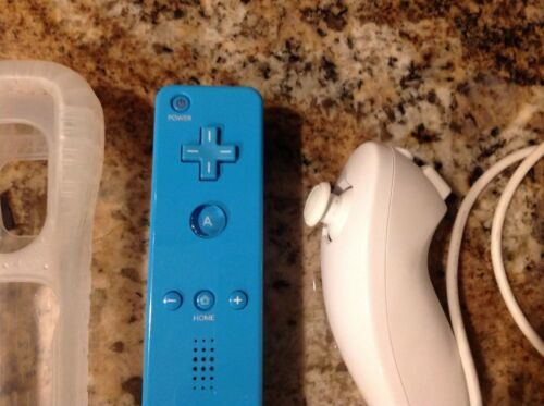 Authentic OEM Blue Nintendo Wii Motion Plus Remote Controller + White Nunchuck